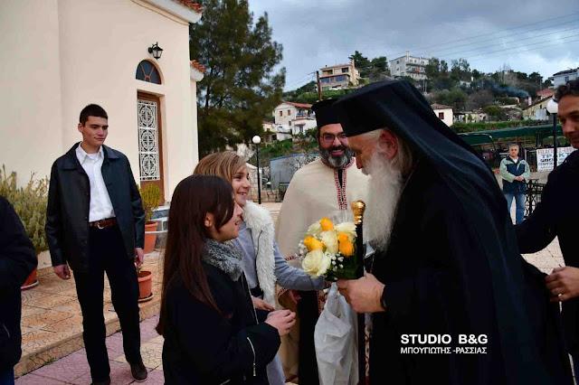 Ο Μητροπολίτης Αργολίδας Νεκτάριος στα Πυργιώτικα Ναυπλίου για τους Χαιρετισμούς στη Θεοτόκο (βίντεο)