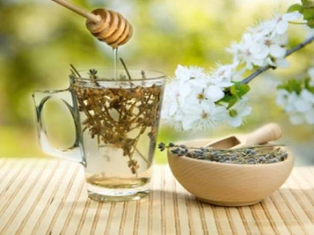 4 وصفات طبيعية لعلاج اضطرابات سن اليأس