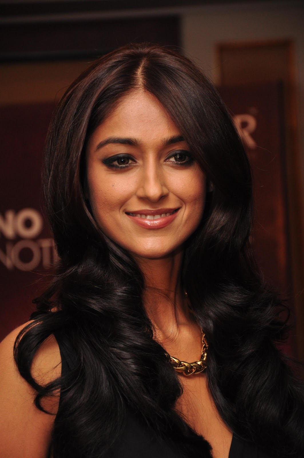 rustom' actress ileana d'cruz hd photos & wallpapers - hd photos