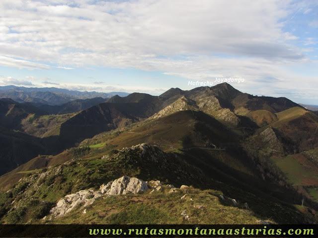 Vista del Joyadongu y Mofrechu desde Cuetón