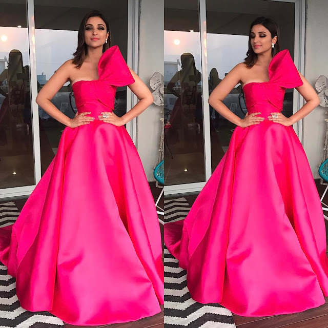 Parineeti Chopra in Pink Gown at Filmfare Awards 2017