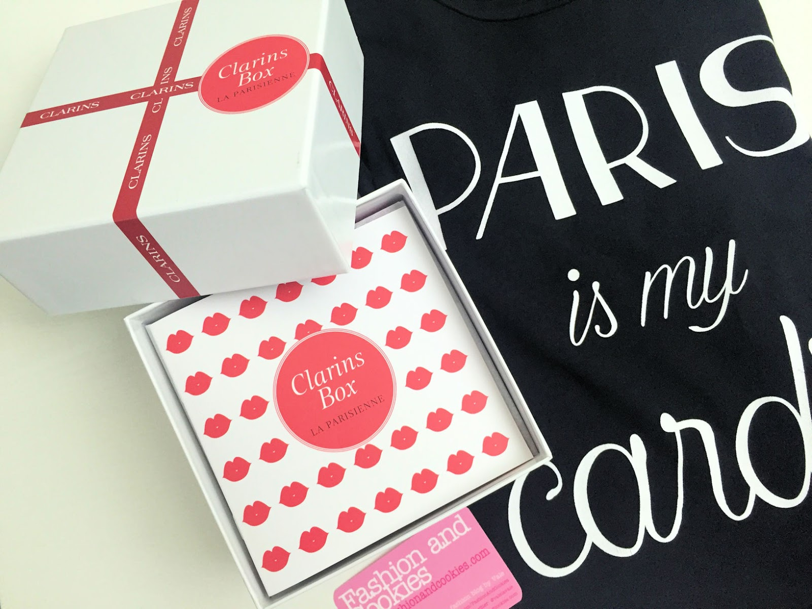 Clarins box La Parisienne on Fashion and Cookies beauty blog, beauty blogger