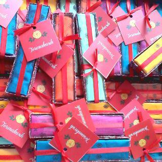 souvenir saputangan batik,souvenir saputangan murah,souvenir saputangan,souvenir sapu tangan murah,souvenir pernikahan saputangan,jual souvenir saputangan.