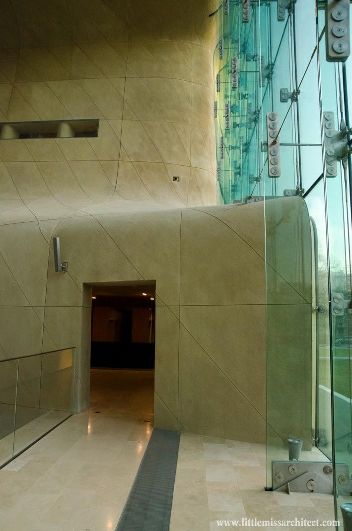Muzeum Historii Żydów Polskich, architektura