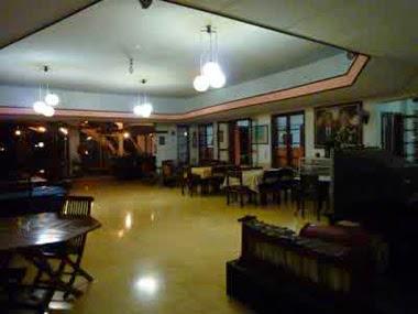 Splendid Inn hotel di kota malang