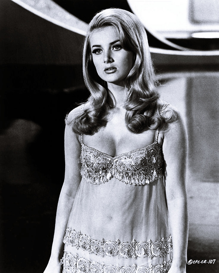 -: Star Trek: By Any Other Name Actress Barbara Bouchet