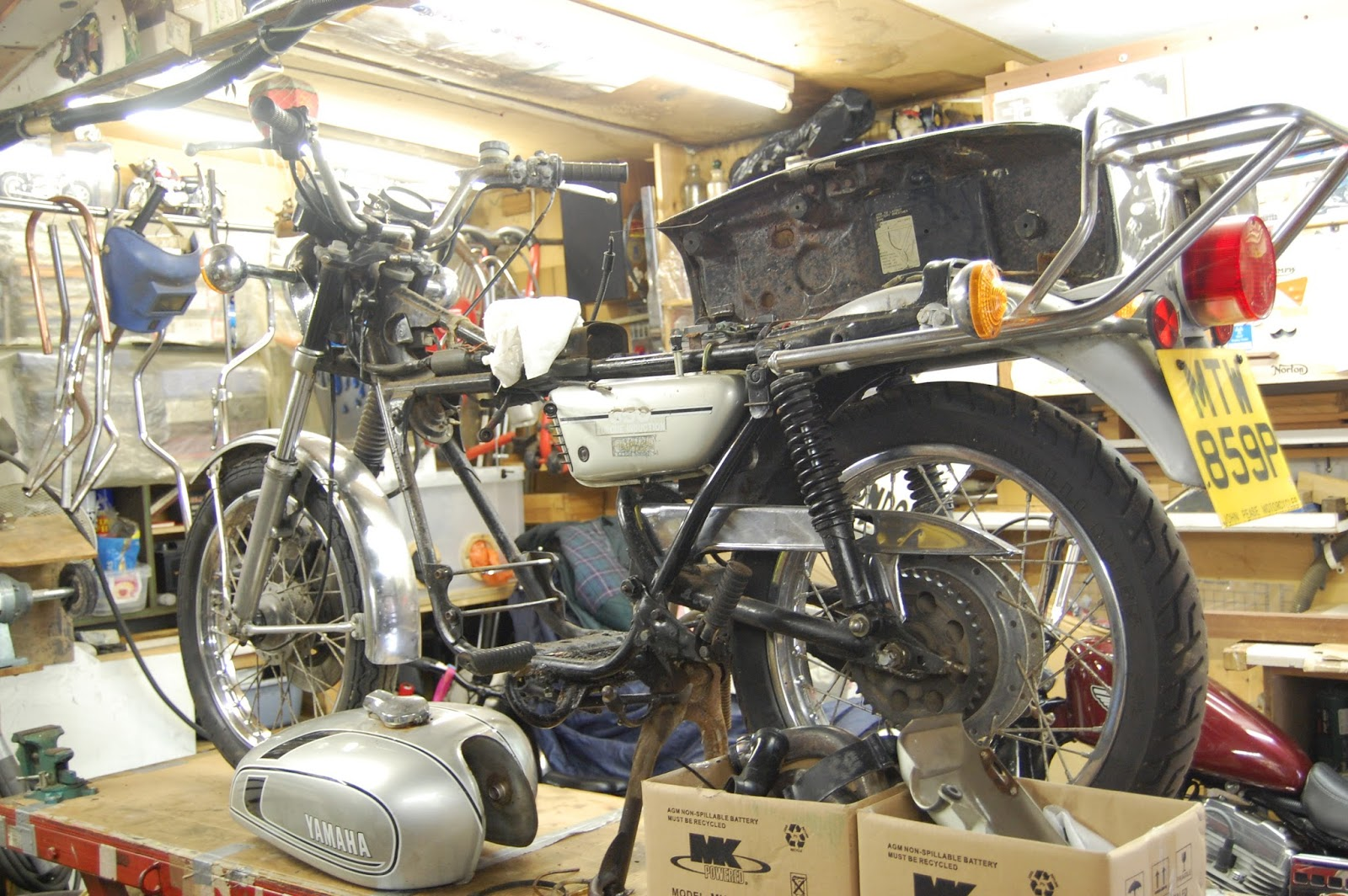 The ministry of Restoration : 1975 Yamaha R D 350