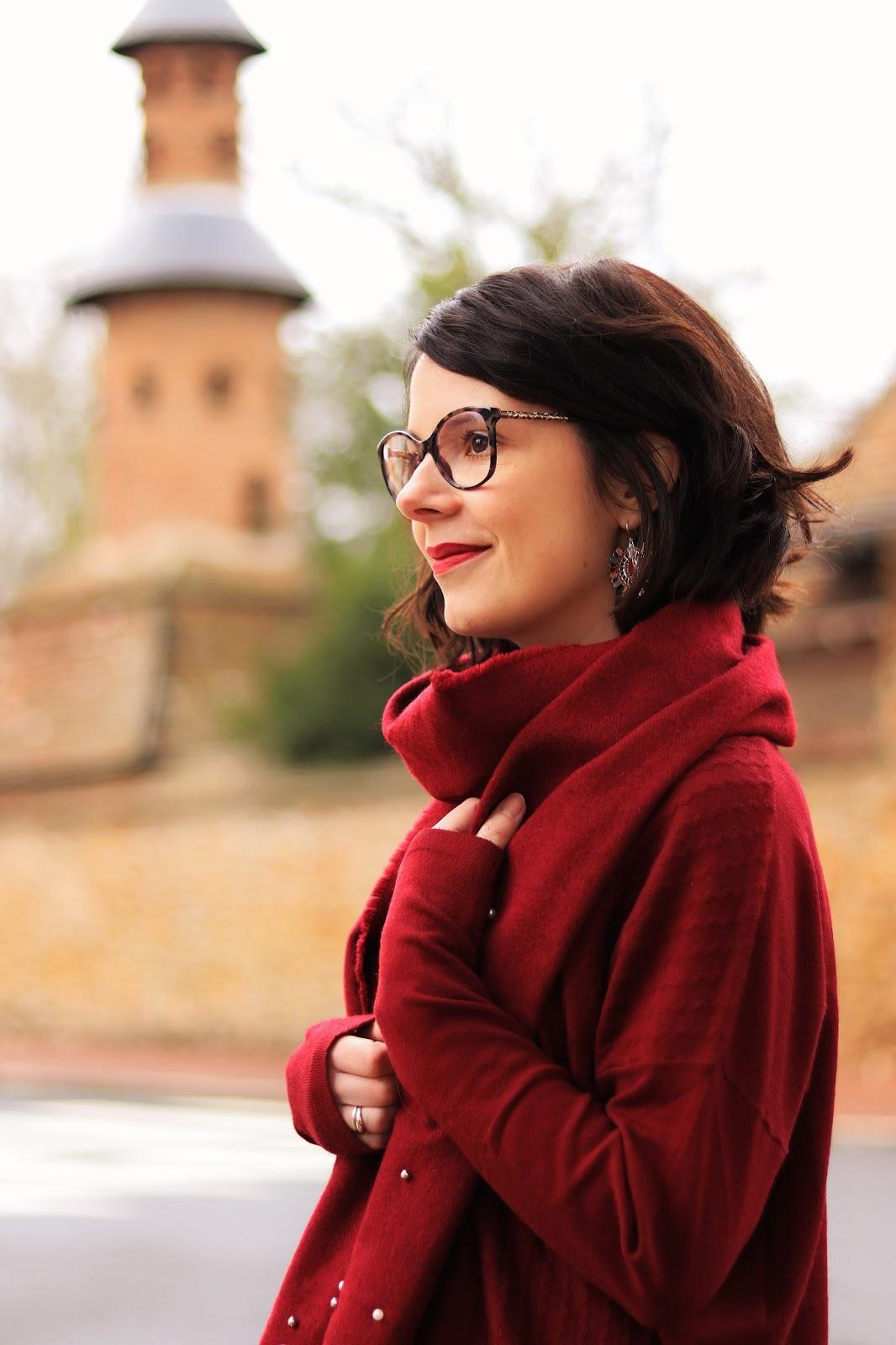 les gommettes de melo look fiancee du mekong avis commande pull mini jupe cuissardes bijoux tenue comment porter