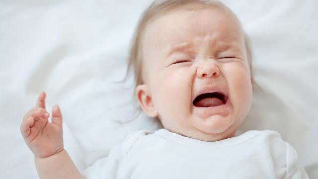 Ingin Hentikan Tangisan Bayi Dengan Mudah, Tekan Bagian Tubuh Bayi Berikut Ini