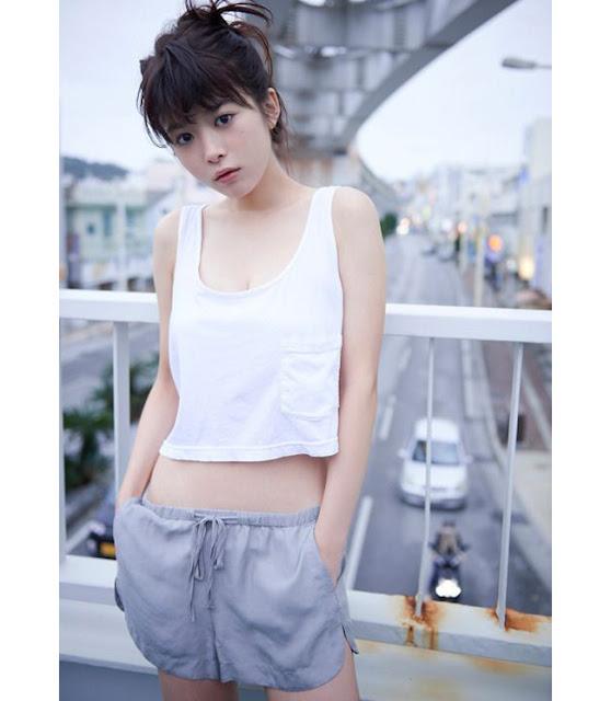 Hot girls Fumika Baba sexy actress in japan superman movie 4