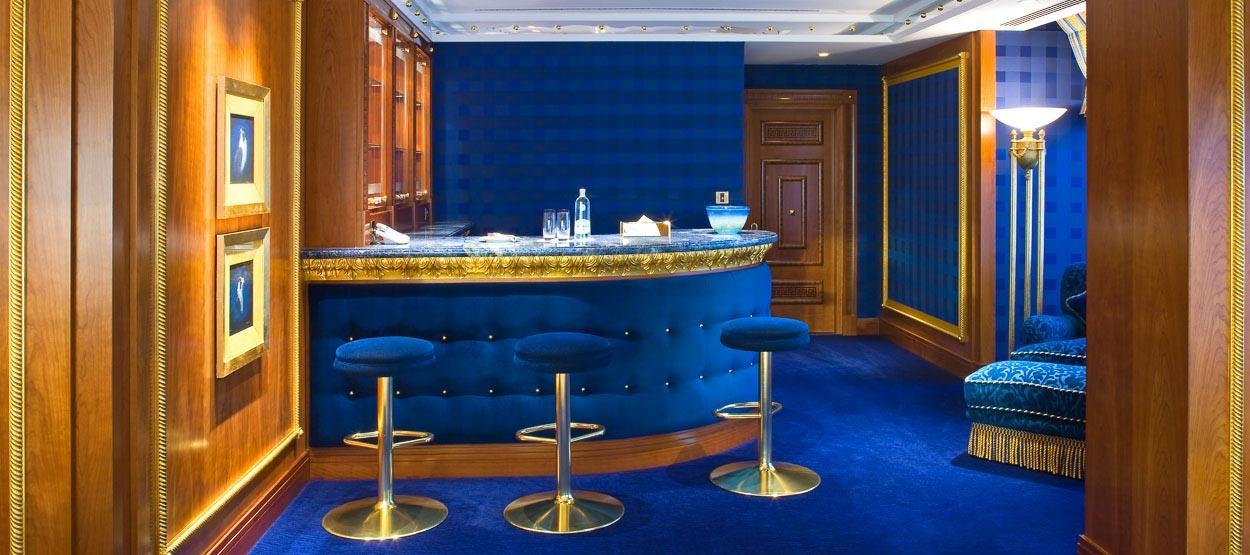 Dubai burj al arab the world 39 s seven star hotel bahay ofw for Dubai hotels 7 star rooms