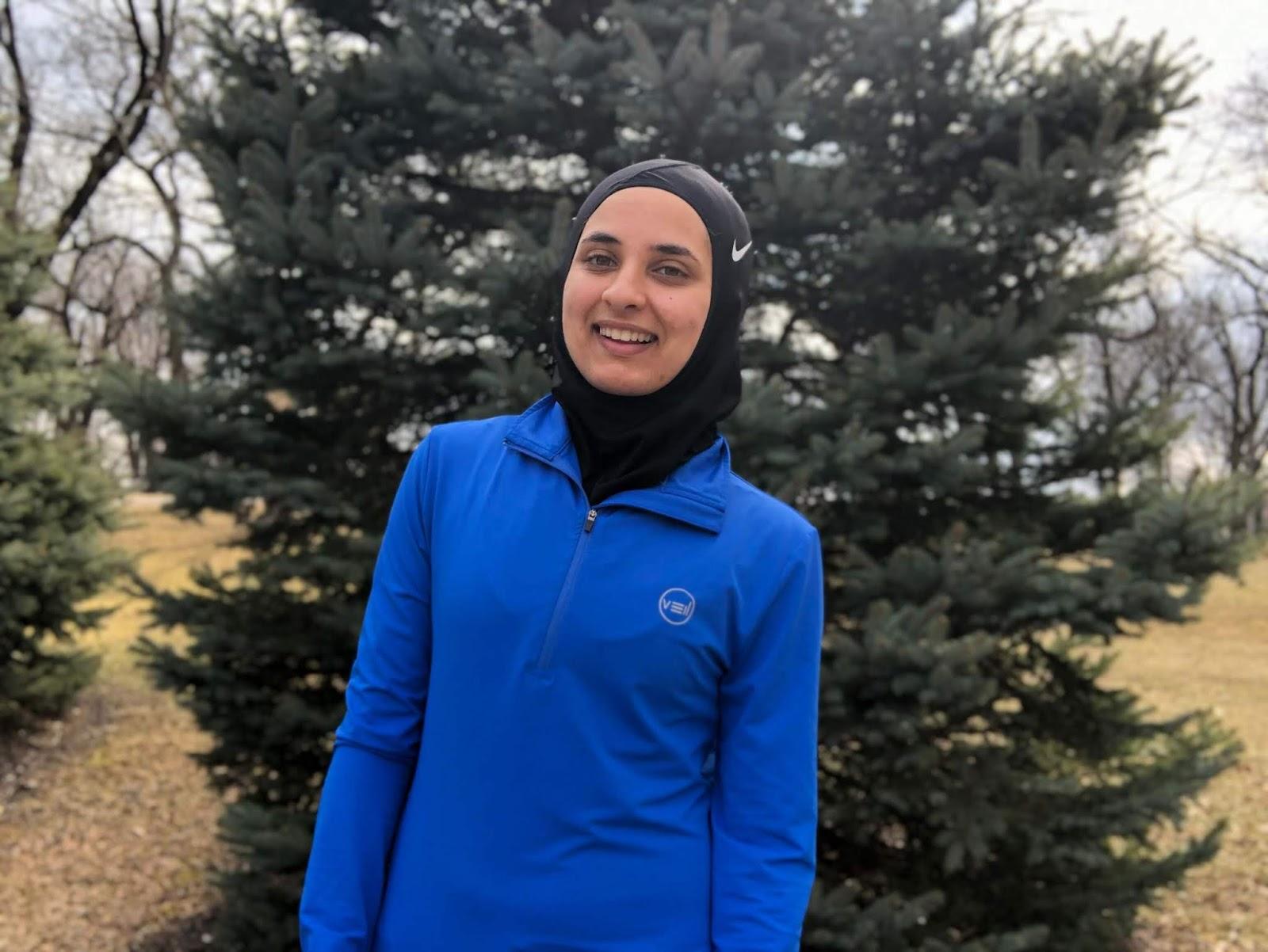 nike hijab runner