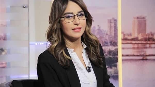 الإعلامية سهام صالح تشن هجوماً حاداً على انتصار بسبب تصريحاتها المستفزة