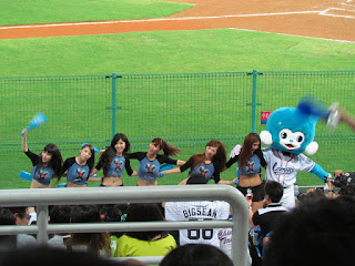 Mascots and cheerleaders