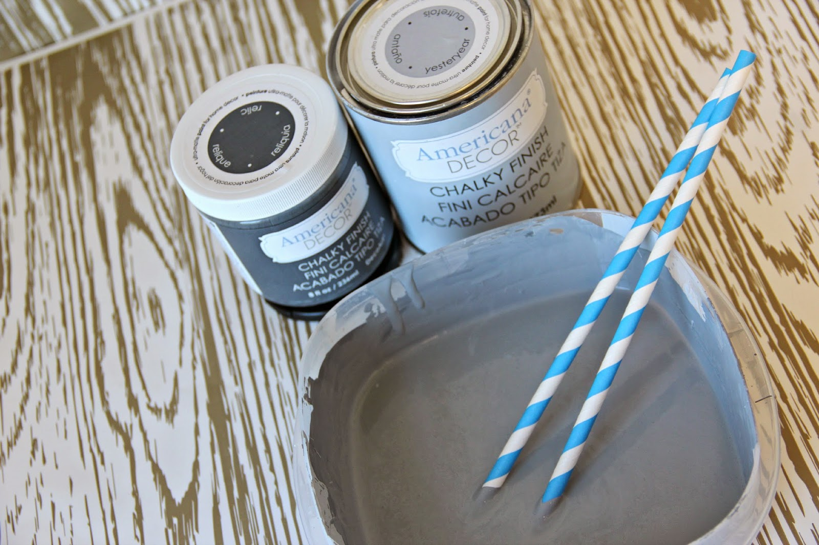 Funky Junk: Americana Decor Chalky Finish Paint