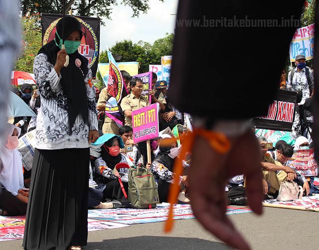 Tidak Terakomodir  Lowongan CPNS, GTT/PTT Kebumen Dukung Aksi Mogok Nasional