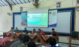 MGMP Matematika dan  B.Indonesia SMK Kebumen Selenggarakan Bedah Materi UN 2016