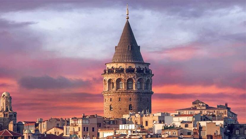 La Torre Galata en Estambul, viajes y turismo