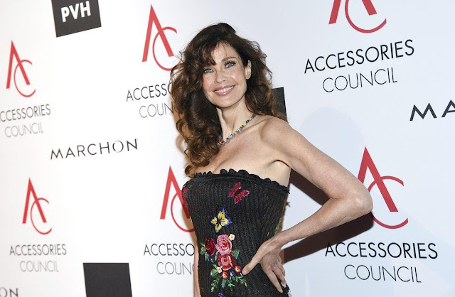 Model Carol Alt doesn't agree with the NFL 'take the knee' movement Onlinelatesttrends