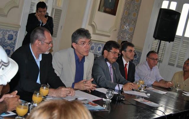 Natália De Dr. Júnior, Zé Arnaldo, Joza, Dada e Givaldo Participam de Reunião com Governador do Estado