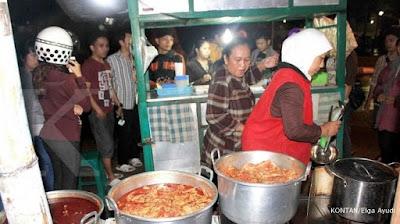 Ceker Setan Jalan Jakarta Kota Malang Pedas, Enak, Murah