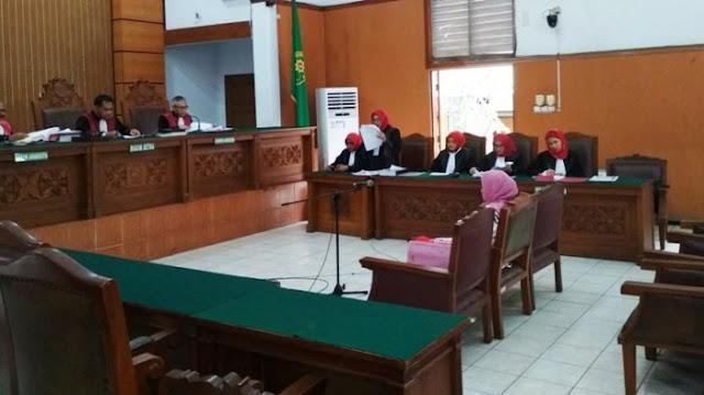 Kasus Saracen: Rp75 Juta yang Hilang dalam Persidangan Asma Dewi