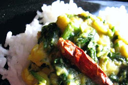 Toor Dal and Spinach Curry (Toor Dal Palak)