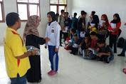 Kepsek dan Guru SMKN 7 Selayar Saweran Beli Seragam Sekolah Gratis Untuk Siswa Barunya