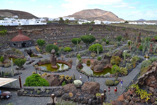 Volcanes_milenarios_Jardín_de_Cactus_ObeBlog_Lanzarote_11
