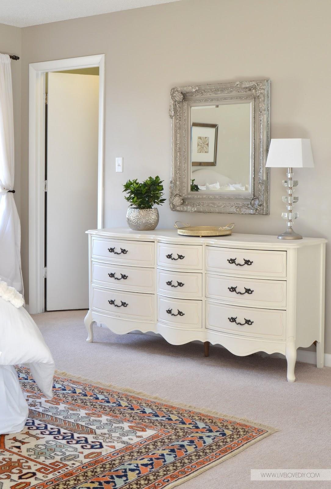 LiveLoveDIY: DIY Decorating Ideas for Your Bedroom