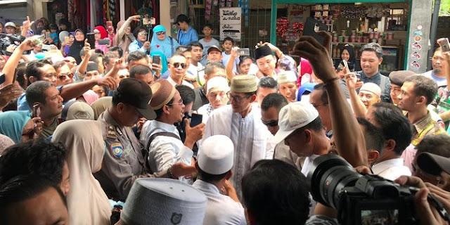 Dikepung Pendukung Jokowi di Bali, Sandiaga Justru Ajak Berpelukan