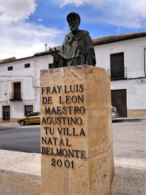 Monumento a Fray Luis de León en Belmonte