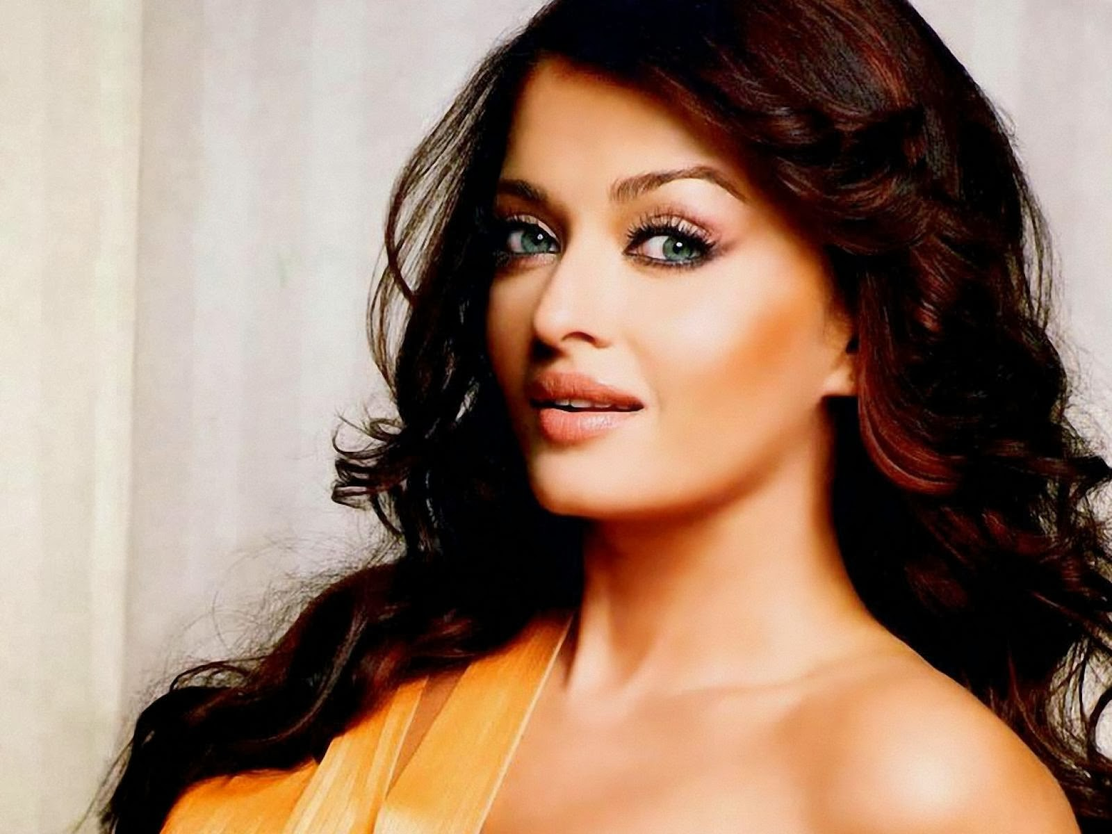 Aishwarya Rai Workout Routine and Diet Plan