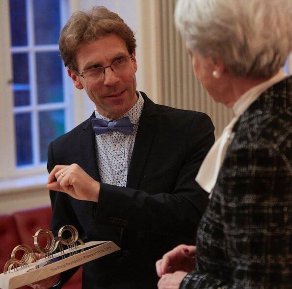 Princess Benedikte presented the Elsass Foundation's The Elsass Foundation Research Prize to Doctor Bernhard Dan