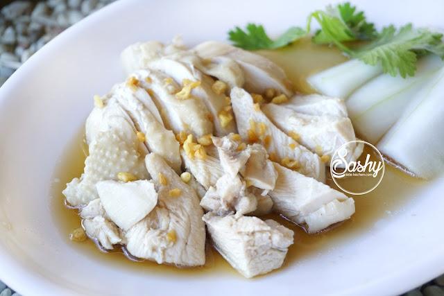 ayam hainan ala Warung Popo -Kuta