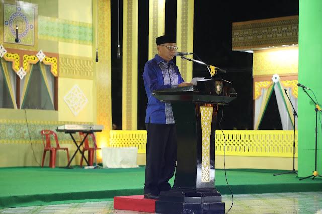 Wakil Bupati Asahan Surya BSc membuka festival nasyid tingkat kabupaten.