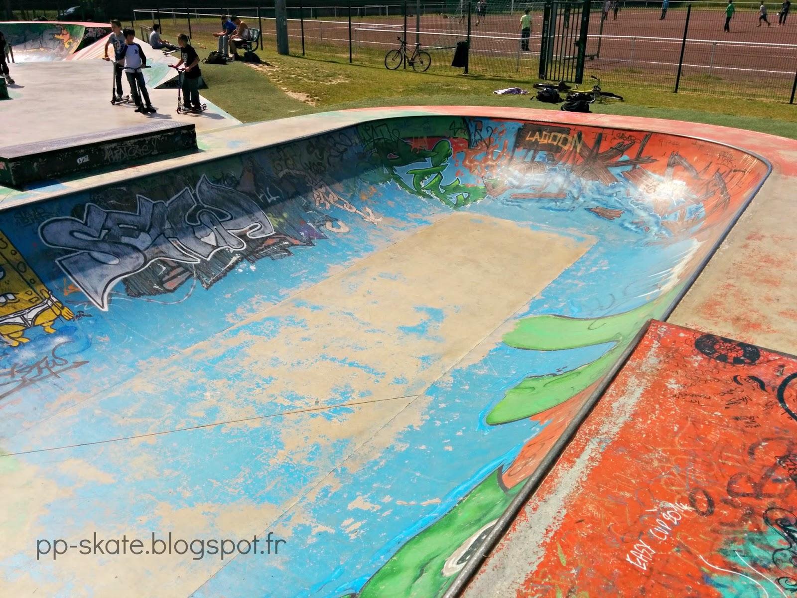 Skatepark bowl Pontault