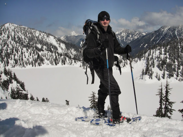 Snowshoeing at Summit at Snoqualmie