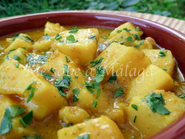 receta malagueña de jibia en salsa de almendras