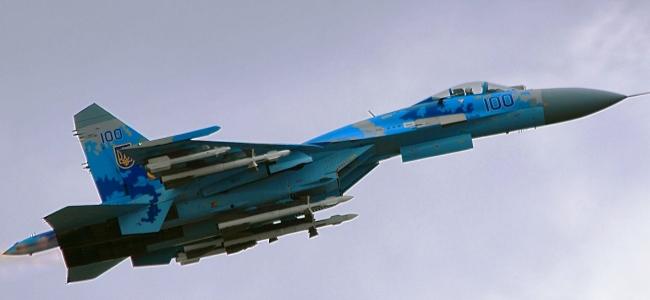 Су-27 з ракетами Р-27