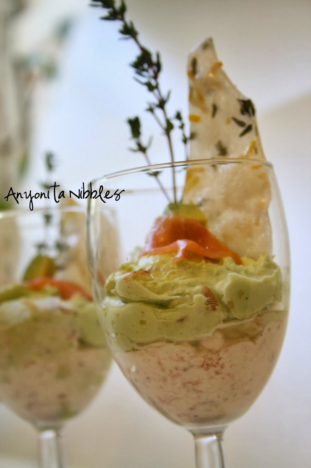 Savory mousse with lemon and thyme paper