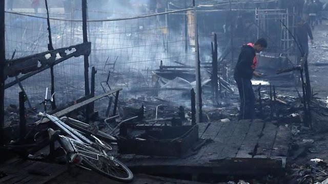 Migrante gravemente herido durante incendio en campamento en Francia