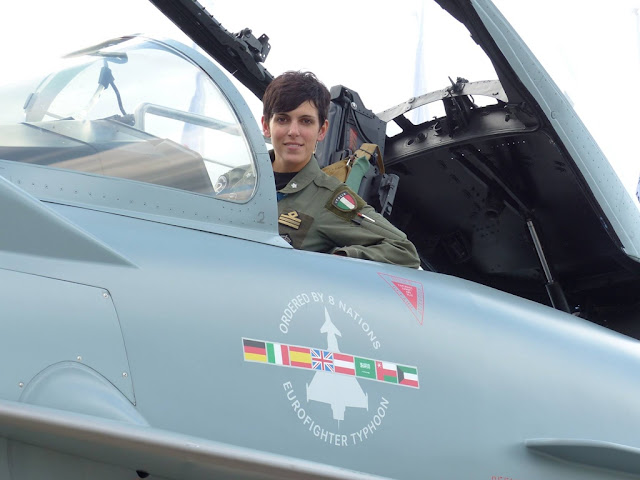 ITALIAN EUROFIGHTER FEMALE PILOT