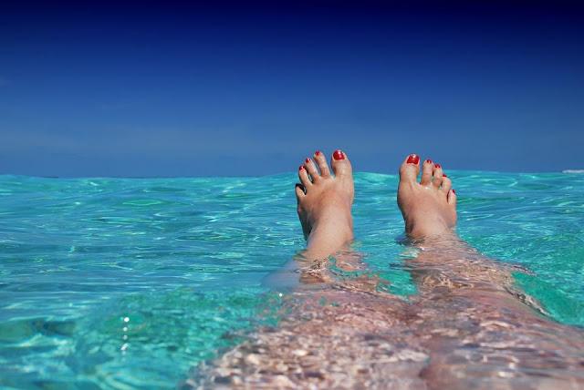 bronzage, eau, mer, plage, pieds nus,été