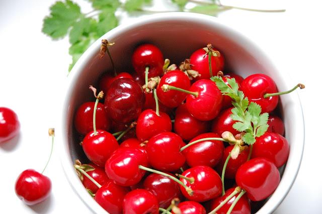 menu de printemps cerises et coriandre
