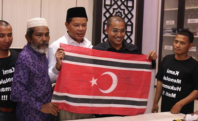 """Abdullah Saleh : Design Bendera Aceh """"Harga Mati"""""""