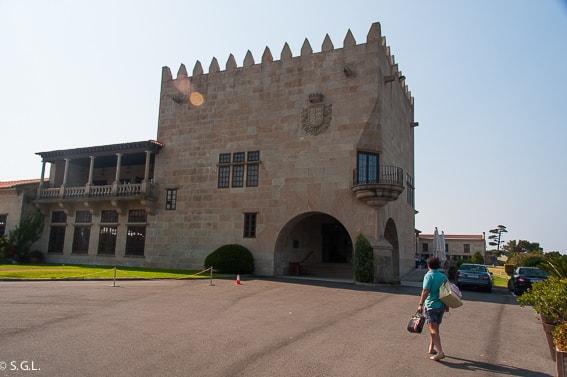 Parador de Baiona. La fortaleza frente al mar