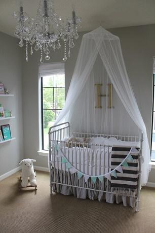Dormitorios para beb en gris y turquesa dormitorios for Dormitorio varon
