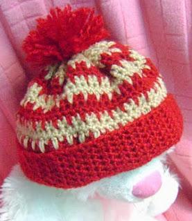 http://www.mazkwok.com/2013/10/free-crochet-pattern-heart-beat-beanie.html