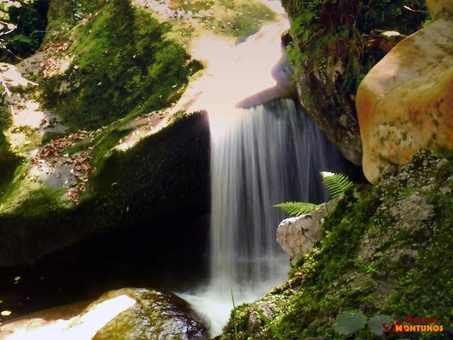 Desfiladero de Los Arrudos: Cascada